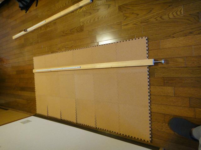 2×4材突っ張り棚の支柱が完成